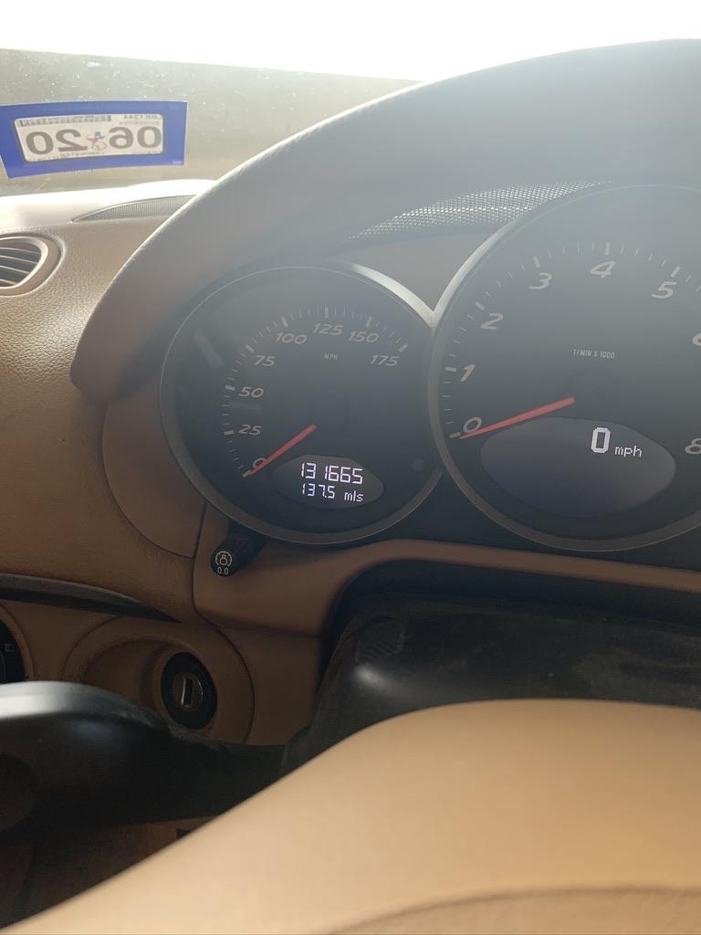 2008 Porsche Boxster speedometer and tachometer